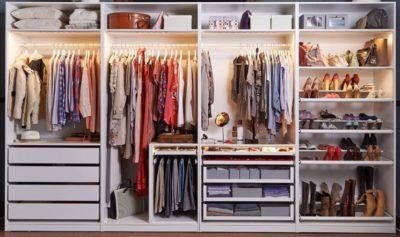 walk in closet organisation