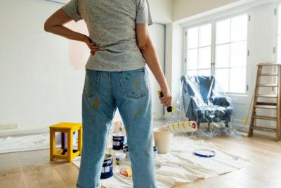 is hiring interior designer expensive?