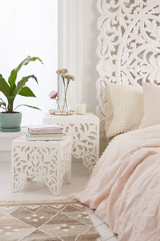 courtly bedside table